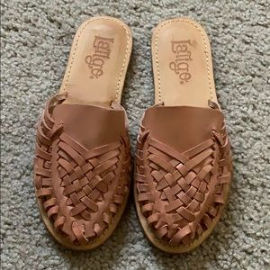 tan hibiscus leather woven flats mules slides